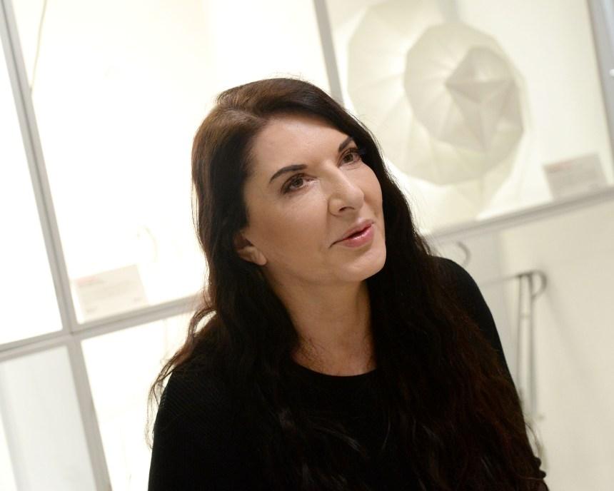Marina Abramović présentera son dernier opéra… sur des écrans géants à Londres