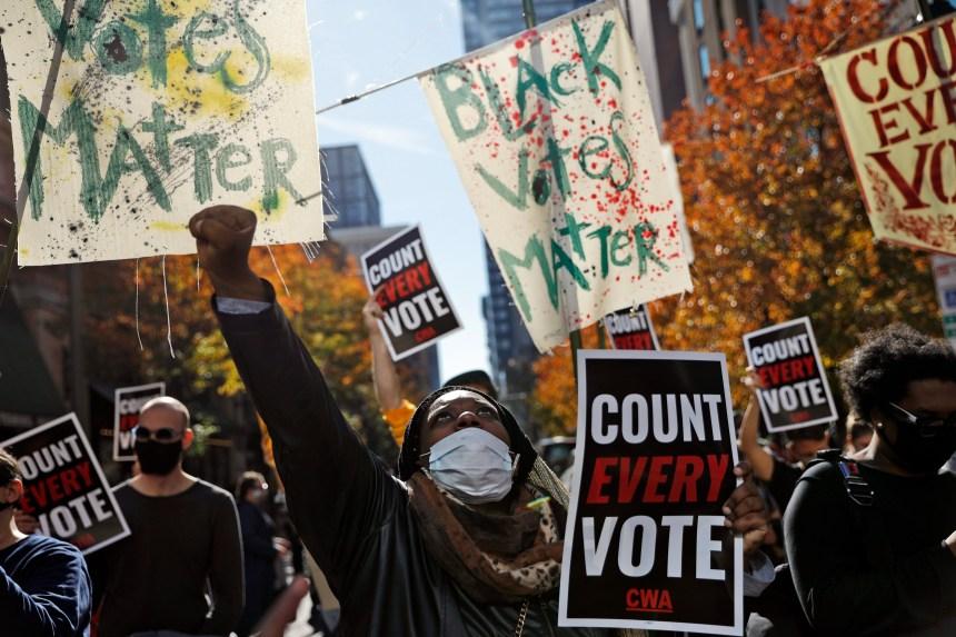 Quel effet les contestations judiciaires pourraient avoir sur les élections?