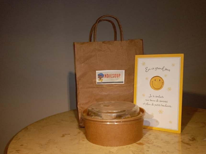 Distribution de «soupes de l'indépendance» par la communauté haïtienne
