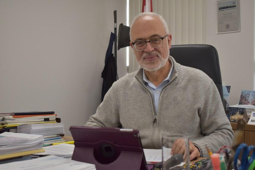 Carlos Leitão critique la CAQ sur l'économie et l'environnement