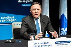 Deuxième dose du vaccin: Québec mis en demeure par des familles