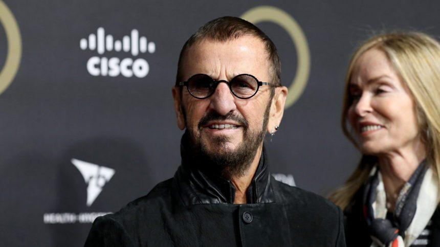 Des chansons, un livre, un peu de peinture: la quarantaine de Ringo Starr