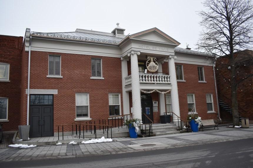 Dépenses stables, revenus en baisse à Sainte-Anne-de-Bellevue