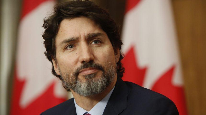 Mesures sanitaires: Justin Trudeau déplore la manifestation prévue au Stade olympique