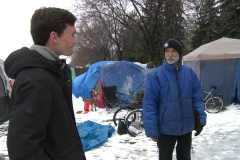 Itinérance: la survie en hiver pour les nomades du campement Notre-Dame