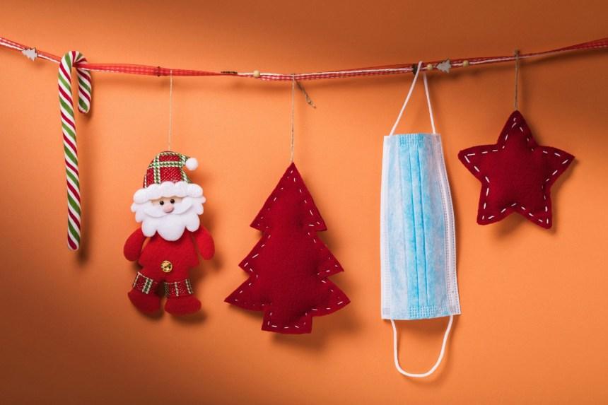 COVID-19 sous le sapin: le monde se prépare à un Noël inédit
