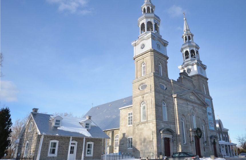 Messes de Noël en accès restreint à Ahuntsic-Cartierville