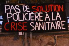 Une manifestation contre le couvre-feu et pour des solutions solidaires