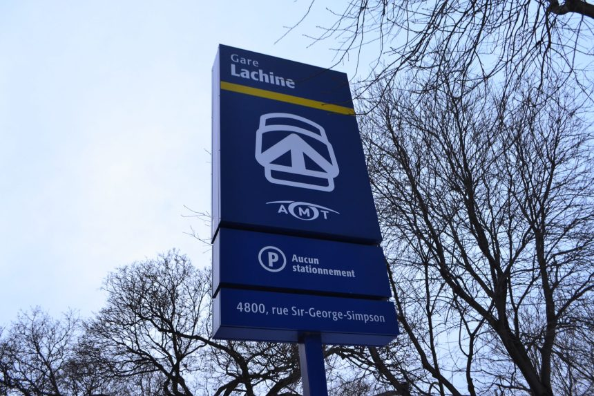 Transport de marchandises sur la ligne de tramway à Lachine