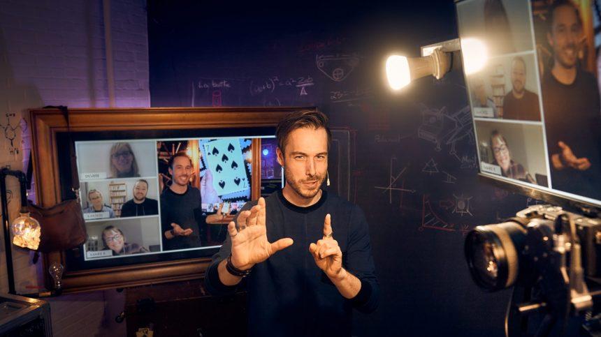 Un spectacle complètement numérique pour Luc Langevin