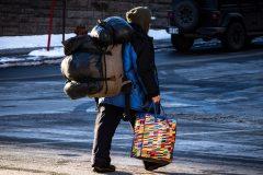 Un itinérant retrouvé mort dans une toilette chimique à Montréal