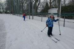 Des bénévoles ouvrent deux pistes de ski de fond à Beaconsfield