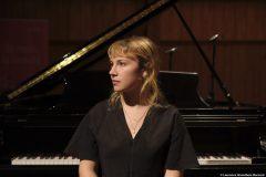 La pianiste Lysandre Ménard présente un concert virtuel