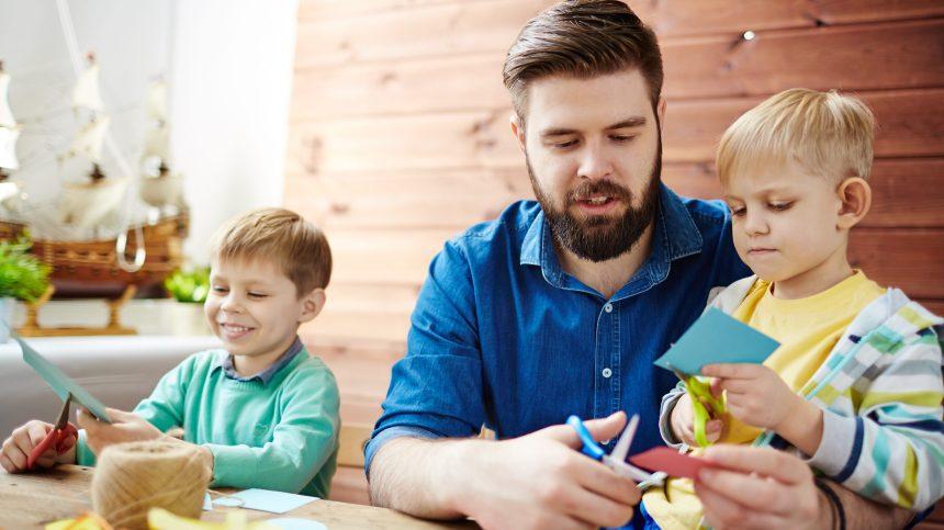 Des tutoriels d'activités manuelles pour les papas