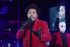 Revoyez la discutable performance de The Weeknd de la mi-temps du Super Bowl LV