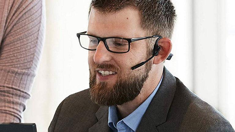 meilleurs écouteurs personnes avec lunettes Aftershokz Aftercomm