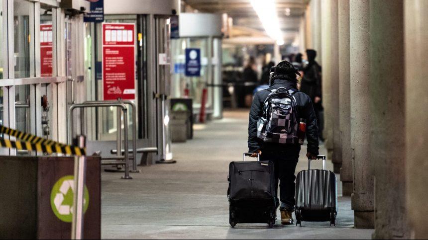 Aéroports de Montréal estime des pertes de 300M$ en 2020