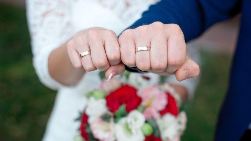 Chute du nombre de mariage, une tendance à long terme