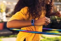 Fitbit Ace 3: le bracelet connecté qui veut faire bouger les enfants et suivre leur sommeil