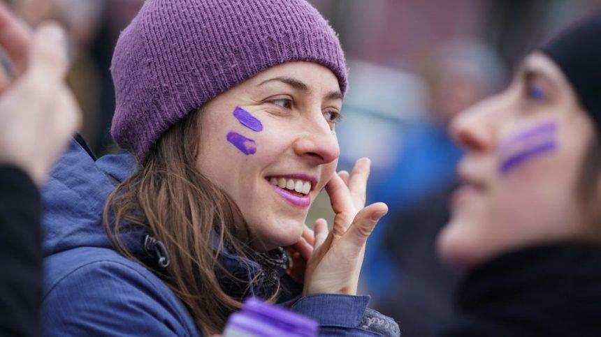 Pas encore d'égalité homme-femme, disent trois quarts des Canadiennes