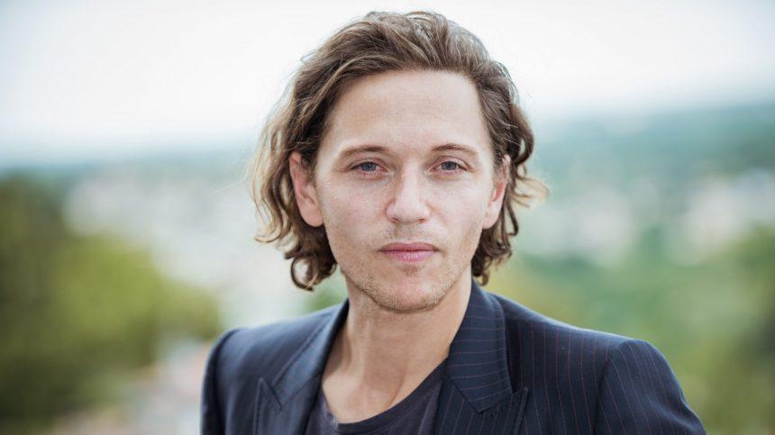 Musique: Raphaël, élégance en stéréo