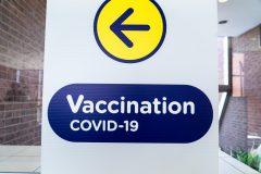 Vaccin: un Québécois sur quatre a reçu sa première dose