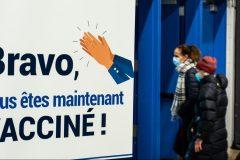 Une majorité de Québécois favorable au passeport vaccinal selon un sondage Léger