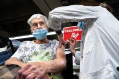 COVID-19: 1535 nouveaux cas et hausse des hospitalisations