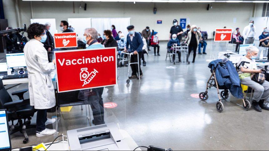 COVID-19: la vaccination pour les 60 ans et plus disponible à Montréal