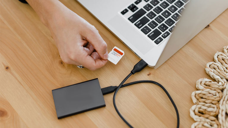 sauvegarde disque dur externe clé usb carte sd