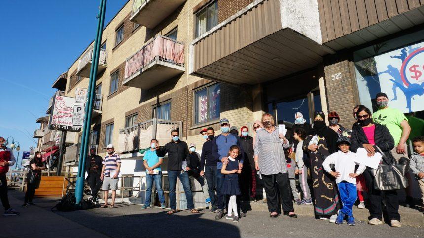 Saint-Léonard: des locataires se mobilisent pour sauver leurs logements