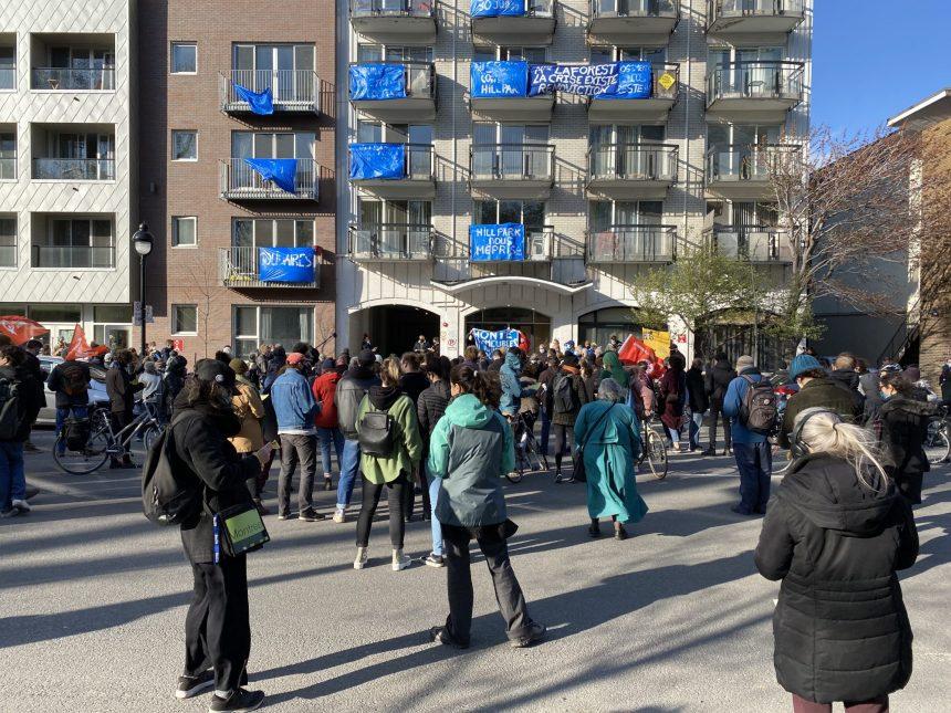 QS présent au rassemblement des locataires du Manoir Lafontaine