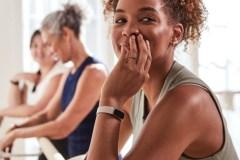 Fitbit Luxe: le nouveau bracelet d'activité pour suivre nos exercices et notre niveau de stress