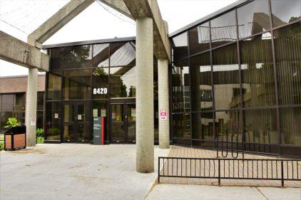 Loi 101: Saint-Léonard compte bientôt se conformer