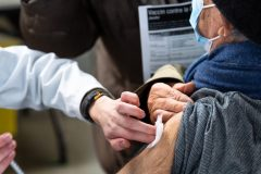 COVID-19: 958 nouveaux cas et la baisse des hospitalisations se poursuit