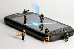 Faites réparer votre téléphone ou votre tablette à domicile grâce à ce service mobile