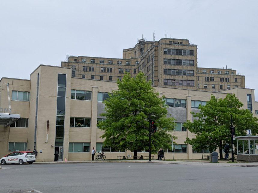 COVID-19: Maisonneuve-Rosemont a le record des cas contractés à l'hôpital