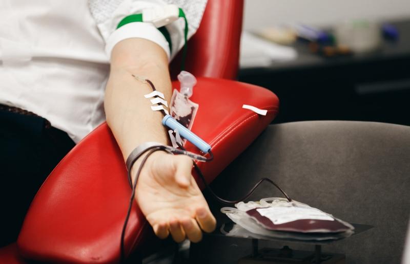 Collecte de dons de sang à la bibliothèque de Saint-Léonard