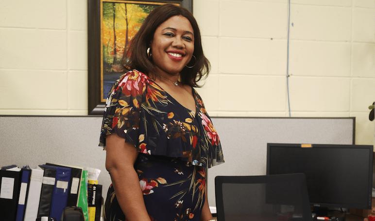 Dorette Mekamdjio, dévouée pour les femmes du quartier