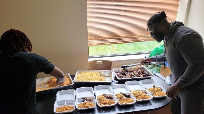 Des plateaux repas à bas prix pour les jeunes élèves de la communauté RDP