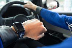 Les montres intelligentes sont une plus grande distraction pour les conducteurs que les téléphones