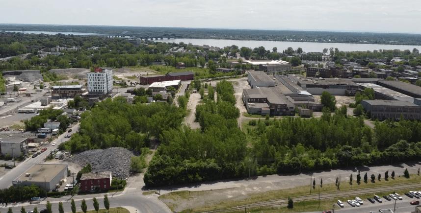 Un complexe sportif, une école et un parc pour Lachine-Est