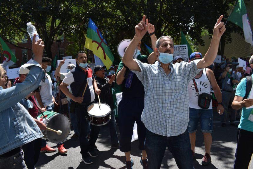 Des manifestants réclament «un état de droit et des libertés» en Algérie