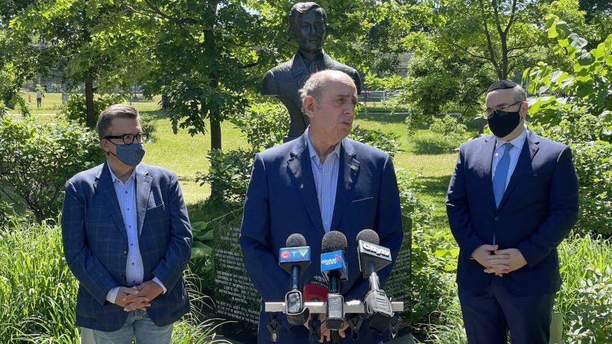 Élections : Marvin Rotrand appuie Denis Coderre