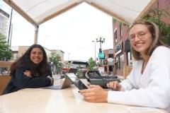 Des bureaux en extérieur avec les Îlots d'été
