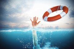 Comment sauve-t-on quelqu'un de la noyade?