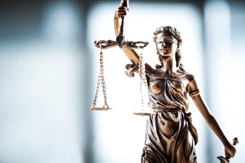 #Moiaussi et la menace des poursuites en diffamation contre les dénonciateurs