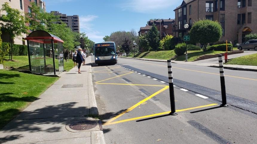 Piste cyclable élargie: finies les déviations d'autobus sur Gouin