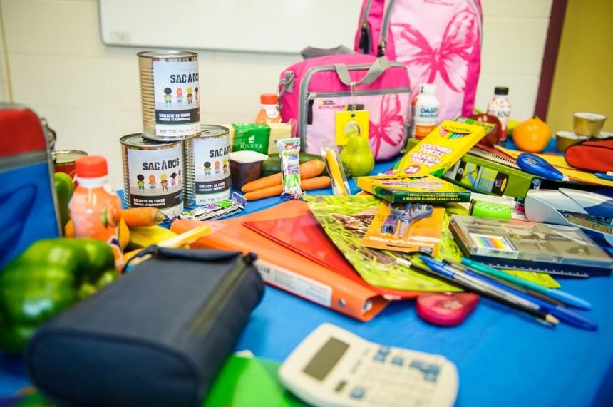 Opération sac à dos : des milliers de fournitures scolaires pour des enfants dans le besoin