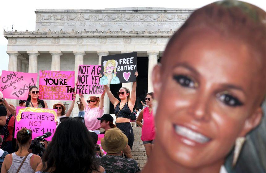 #FreeBritney: une mobilisation qui va au-delà des fans de Spears